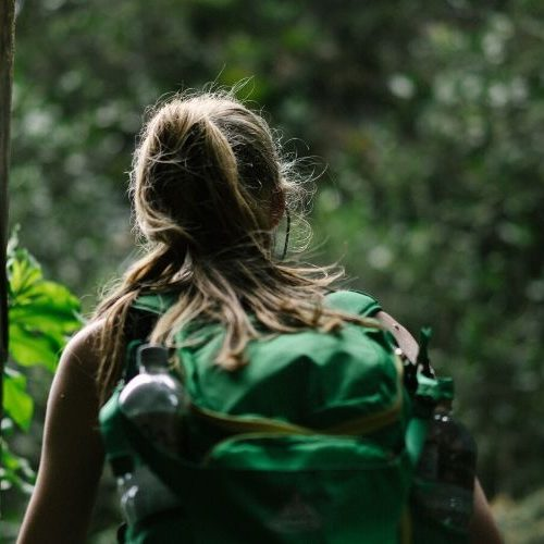How to pick the perfect backpack when you are a Petite female traveler